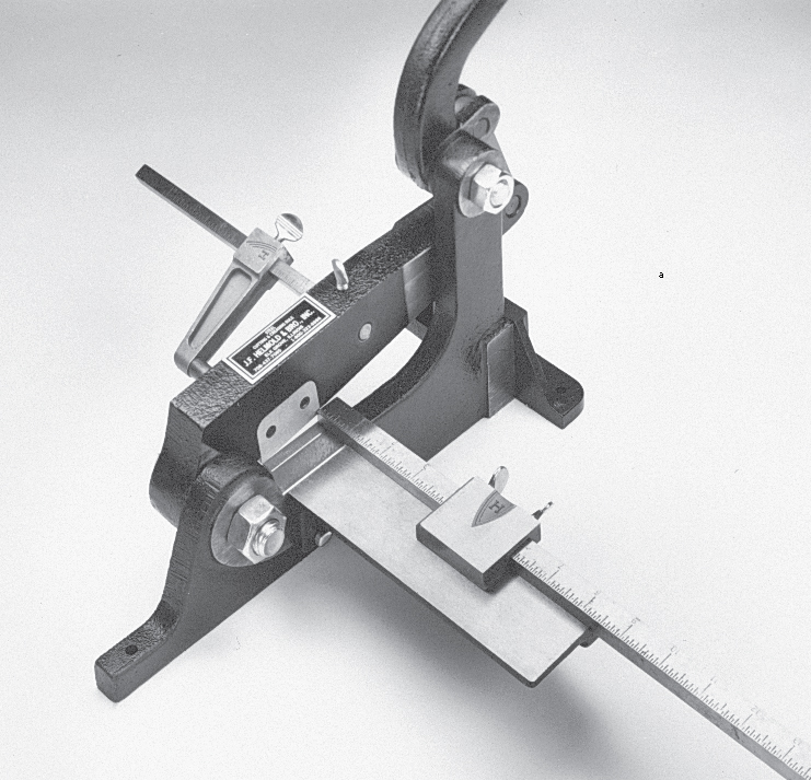 Helmold Rule Cutter