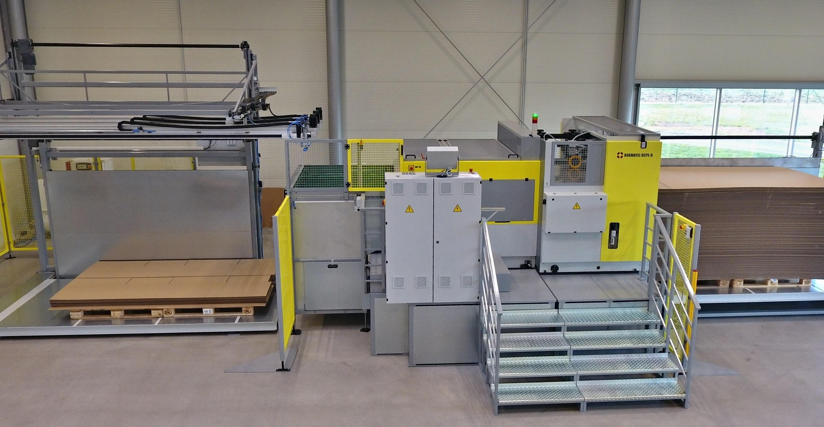 Solarco BOXMATIC DCFM-D with Feeder and Stacker